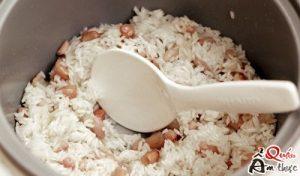 xôi đậu phộng bằng nôi cơm điện