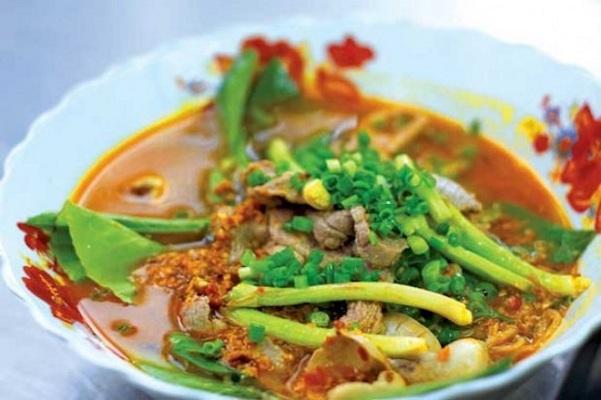 Món ngon miền nam nổi tiếng Hủ tiếu cà ri