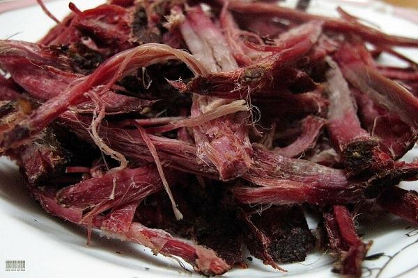 Cách ăn món thịt trâu gác bếp