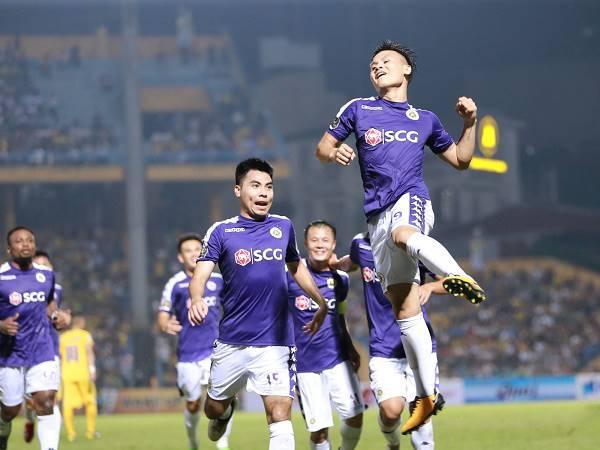 Bóng đá Việt Nam sáng 14/4: Hà Nội FC chưagiảm lương cầu thủ
