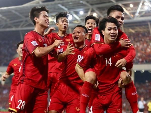"""Bóng đá Việt Nam tối 23/2: ĐTVN hưởng """"đặc quyền"""" ở VL World Cup 2022"""
